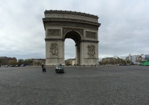 As close as I could get to no traffic in a picture of the Arc de Triomphe.