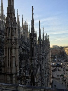 A lovely photo from the roof of the Duomo di Milano.